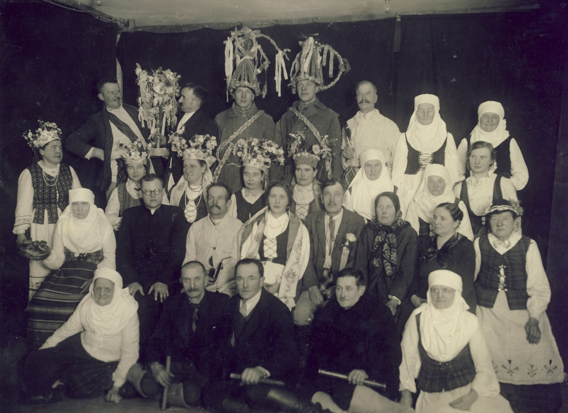 Characters of Kupiškėnai wedding. Photograph of Kupiškis Ethnographic Museum Archive, 1934